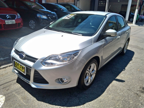 Ford Focus Sedan 1.6 Se