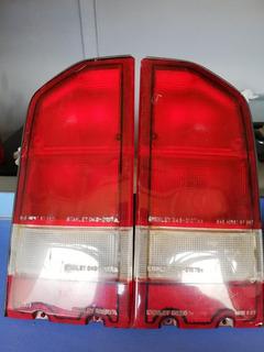 Farol Stop Juego Tracker Chevrolet