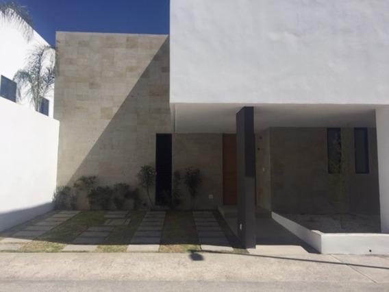 Casa En Renta, Altos Juriquilla , Querétaro