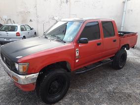 Toyota Hilux 2.8 D/cab 4x4 D Dlx 1996