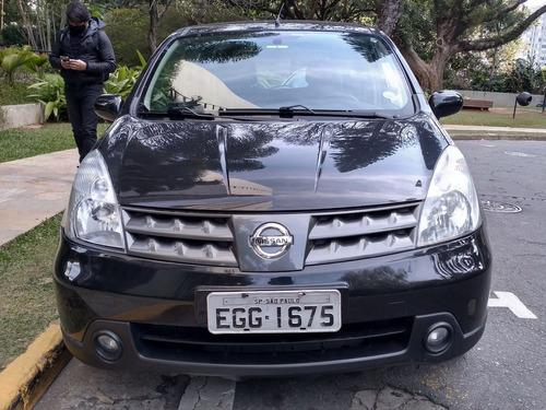 Imagem 1 de 5 de Nissan Livina 2010 1.8 Sl Flex Aut. 5p