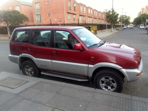 Nissan Terrano 1998 2.4 Ii