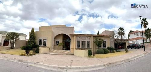 Casa Amueblada En Renta En Haciendas Santa Fe (muy Amplia)