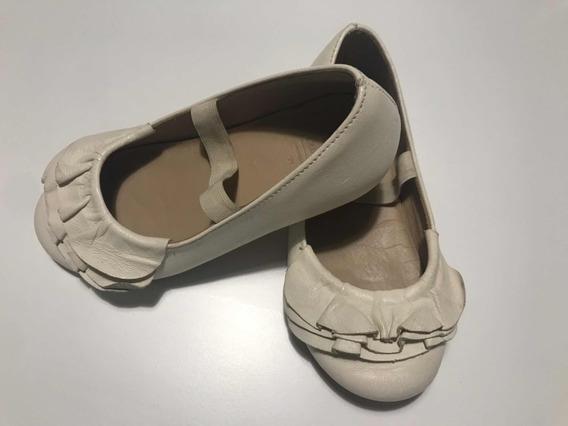 zapatos color nude para niñas en zara