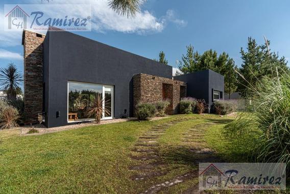 Casa Quinta 5 Amb. En Venta Pileta, Sauna Y Jacuzzi - Costa Esmeralda, Pinamar