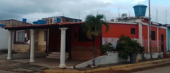 Casa Quinta En Urbanización En Yaritagua