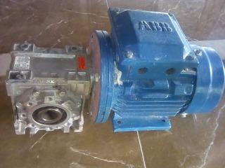 Motor Reductor Trifasico Abb 220/440 Voltios/ 0,5 Hp