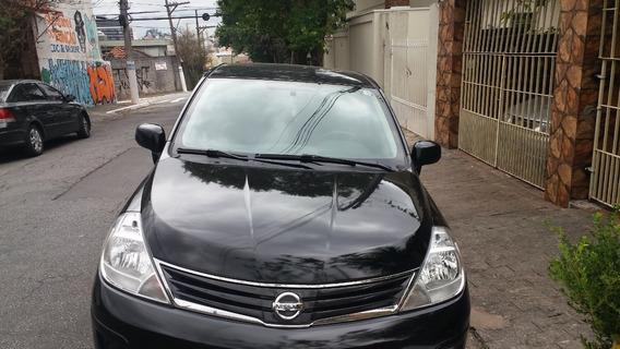 Nissan Tiida S 2012