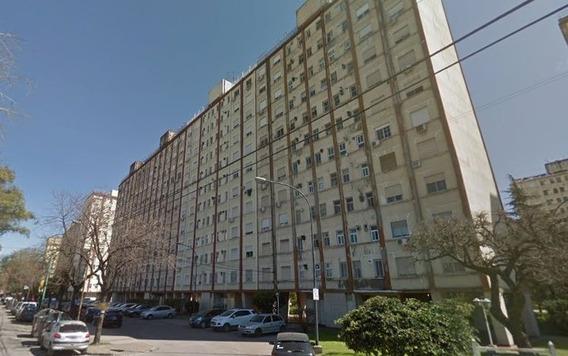 Departamento En Venta En Parque Avellaneda