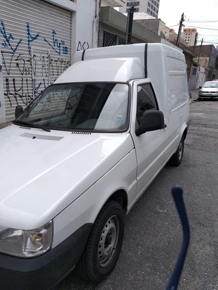 Fiat Fiorino 1.3 Flex 4p Completa