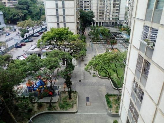 Apartamento En Alquiler Mls #19-17506