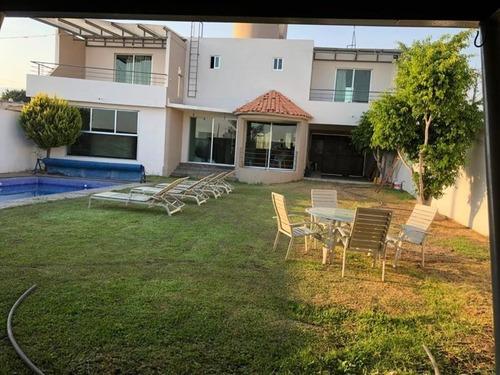 Casa Sola En Venta Fracc. Jardines De Tlayacapan