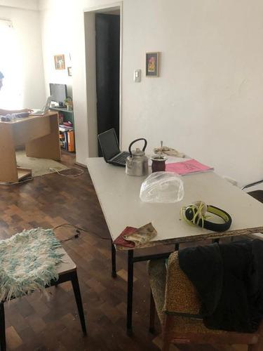 Departamento En Venta De 2 Dormitorios En Alberdi
