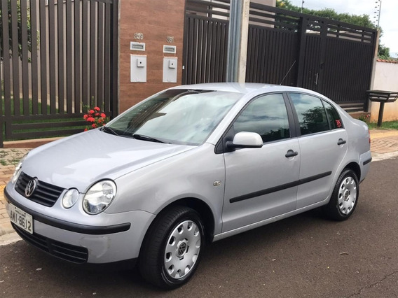 Vw/polo Sedan 1.6 - 2004/2005 Cor Prata