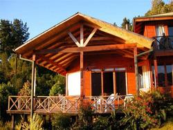 Casa A Orillas Del Lago Riñihue, Ribera Norte, Sector La Peña, Lote A-2, Comuna De Panguipulli.