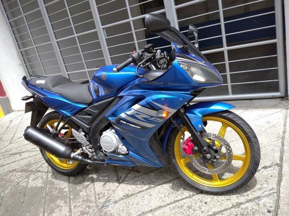 Moto Yamaha R15, Barata, $4