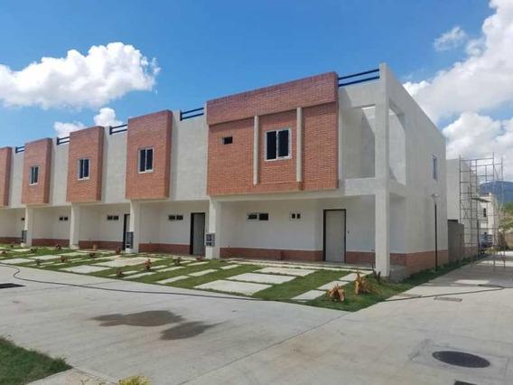 Town House Naguanagua 04144056291
