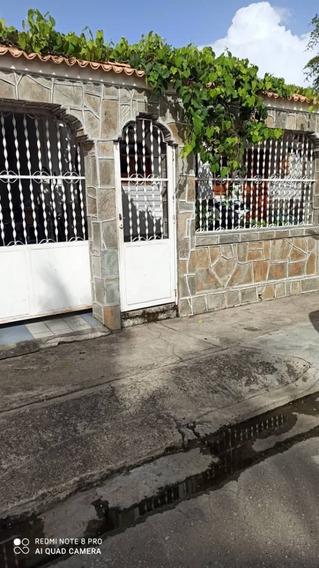 Casas En Calicanto Valencia, 0241-8239522 Código 425463