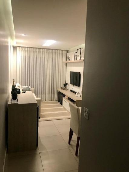 Lindo Apt Com 2 Dormitórios E Varanda À Venda, 85m² Por R$ 450.000 - Pendotiba - Niterói/rj - Ap0647
