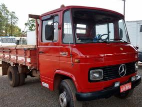 Caminhão 3/4 Mb 608 Com Carroceria