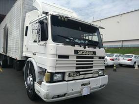 Scania P93 250c 6x2 1996/1997 Com Baú