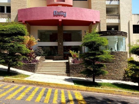 Venta De Apartamento En Parral, 84mt2,