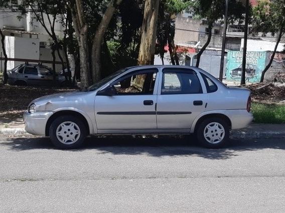 Corsa Sedan/classic 2002/2003 1.6 8v Mpfi, Ar E Direção Som