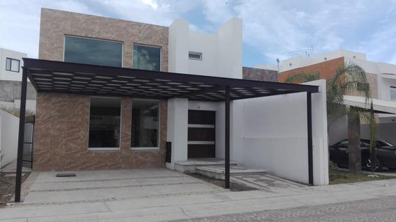 Amplia Casa En Renta En Cumbres Del Lago Juriquilla Hi757