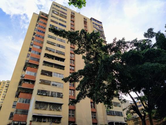 Apartamento En Venta En Municipio Libertador, Centro Remate