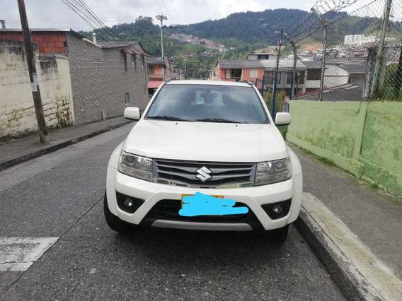 Suzuki Grand Vitara 4x4 2400