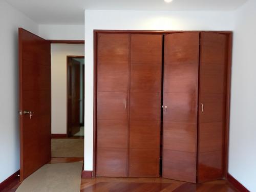 Imagen 1 de 11 de Apartamento De 4 Habitaciones En Santa Bárbara