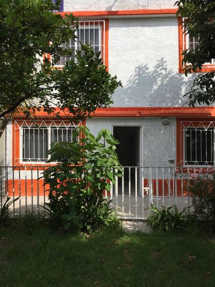 Amplia Casa 6 Recamaras En Jardines De Santa Clara