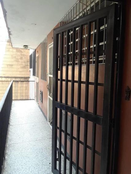 Oficina En Venta Centro Barquisimeto Lara 21-5073