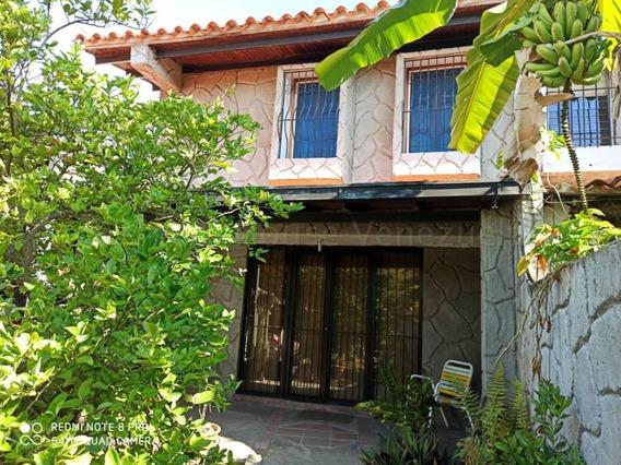 Casa En Venta En Los Chorros Rent A House Tubieninmuebles Mls 20-8066