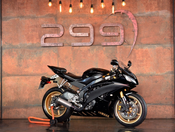 Yamaha R-6