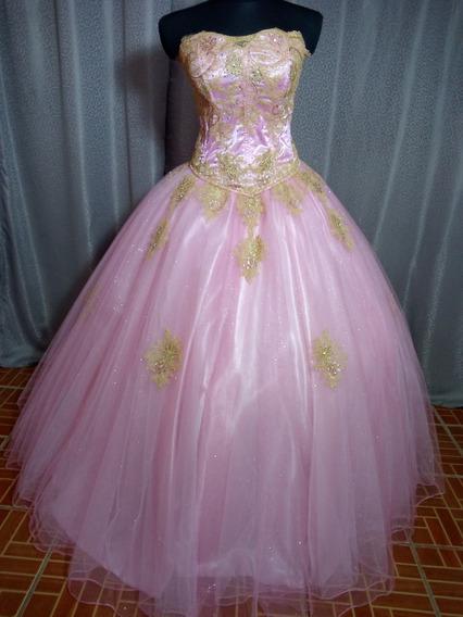 Vestido De Xv Años Color Rosa Pastel Con Decoración Dorada