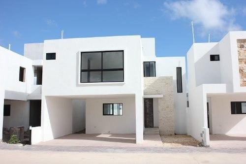 Casa En Renta En Privada Botánico, Conkal Cr-6048