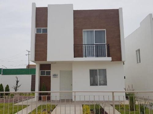 Casa Sola En Venta Fracc.monterrel
