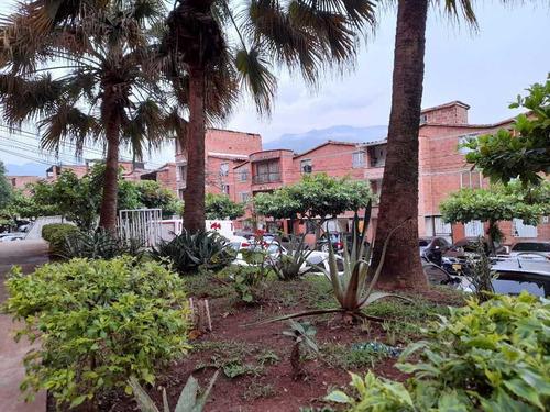 Vendo Casa En Rosales De Terranova, Unidad Cerrada, Niquia.