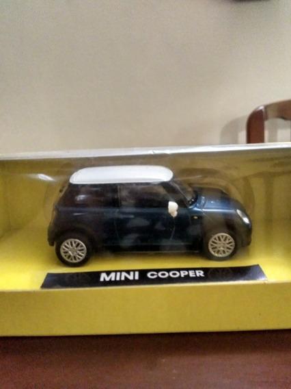 Mini Cooper Escala 1/43
