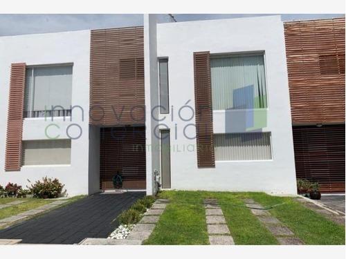 Casa Sola En Venta Gran Puerta|gran Puerta Santa Fe Juriquilla