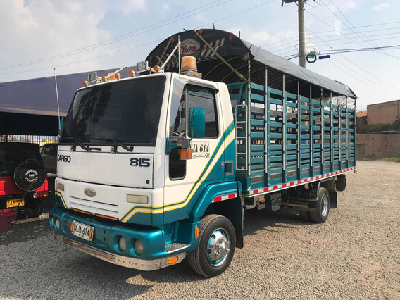 Ford Cargo 815 Estacas