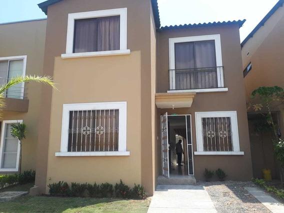 Alquiler De Casa En La Joya Etapa Gema