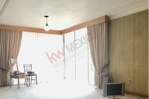Hermosa Casa En Renta / Venta De 655 M2 En Coyoacan
