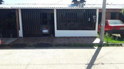 Vende Casa Barrio Sabanales.