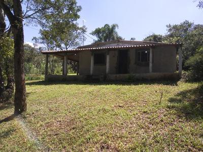 Chácara,2 Suítes, Sala, Cozinha, Banheiro E Varanda, 3750m²