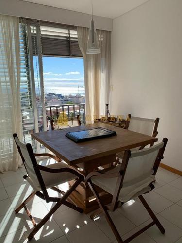 Departaemento De 1 Dormitorio Con Vista Al Puerto- Ref: 2129