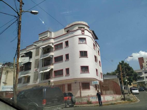 Apartamento En Venta,las Acacias,caracas,mls #19-8492