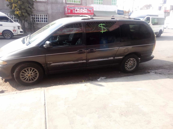 Chrysler Town & Country 3.8 Limited Mt 2000