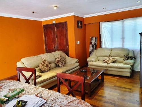 1 Planta 3 Dormitorios 3 Baños Patio Parrillero Cochera